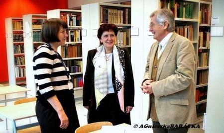 Dr. Kováts-Németh Mária és dr. Szijártó István a Varsói Tudományegyetemen egyik lengyel vendéglátójukkal